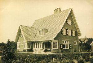 De geschiedenis van Delden in beeld - Villa De Specht aan Stationsweg Delden
