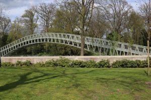Meningen inwoners Delden over nieuwe voetgangersbrug sterk verdeeld