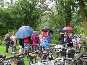 Dag 3 Deldense Wandel4daagse: 'Regen kan de pret niet drukken'