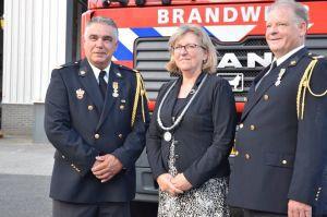 Koninklijke onderscheiding voor brandweervrijwilligers Delden