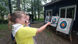 Deldense scouts trappen nieuw seizoen af in Kerkebos