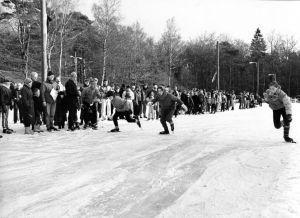 De geschiedenis van Delden in beeld - IJsbaan Delden 1985