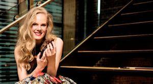 Stervioliste Simone Lamsma en Sinfonia Rotterdam bij Delden Klassiek