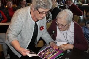 Geslaagd 70 jarig jubileumfeest van de Vrouwen van Nu afdeling Delden