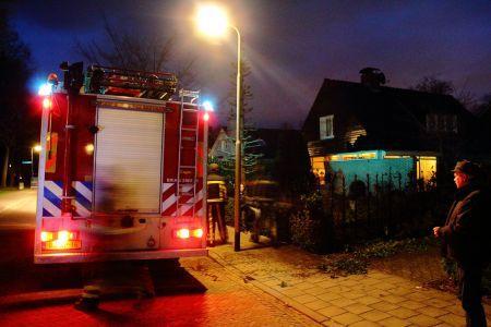 Brandweer redt bewoners en huisdieren bij woningbrand aan Kerkpad Delden