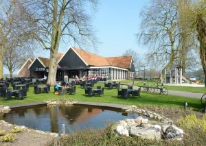 Open reizenbeurs Twentse Caravan Club in Delden