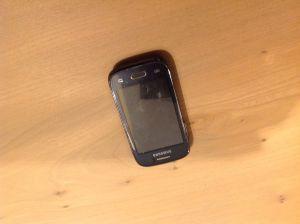 Samsung telefoon gevonden aan Bernhardstraat Delden