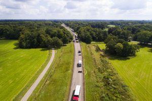 'Bewoners langs rondweg Delden blij met nieuw fluisterasfalt'
